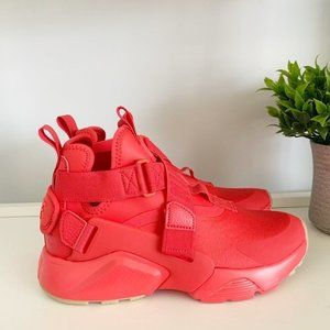 New Nike Air Huarache City Low Red Womens 6.5